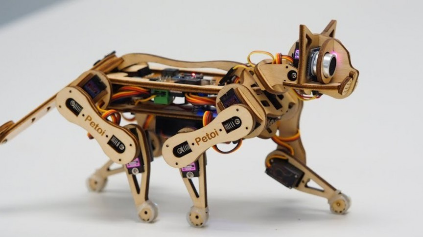 This Robotic Cat is the Perfect Gift For the Cat Enthusiast And Future Coder