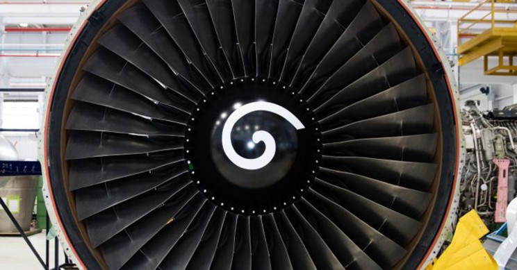 Here's Why Airplane Engines Have White Spiral Marks on Them