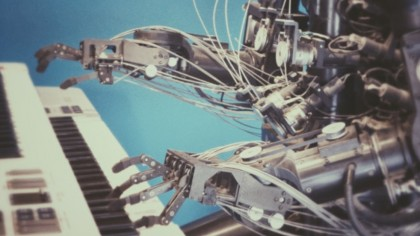 What's the Difference between Machine Learning and AI?