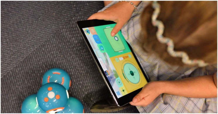 STEMpedia Robotics Learning Platform Teaches STEM Skills to Children