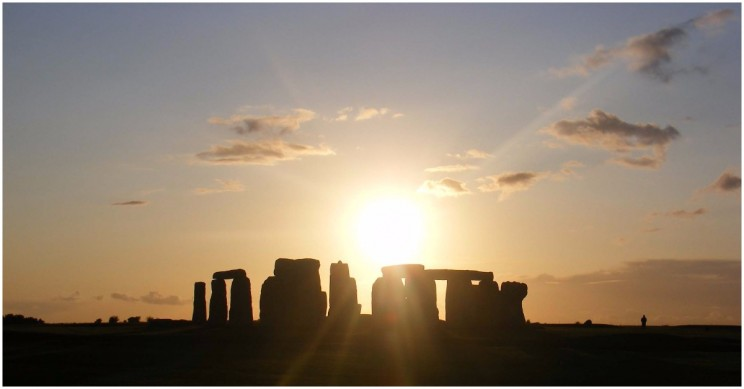 Stonehenge, the Winter Solstice, and the Druids
