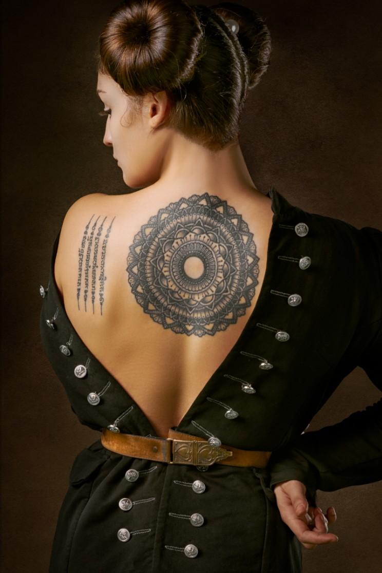 tattoo history tattooed man