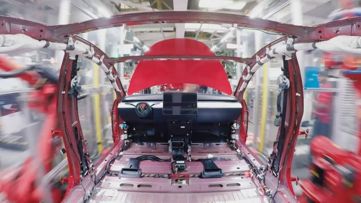 This Is How Tesla Model 3 Is Assembled by Putting More Than 10,000 Parts Together