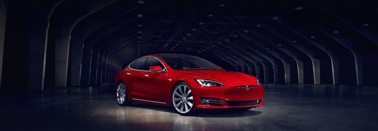 Tesla Increased the Range of Its Cars in Hurricane Affected States