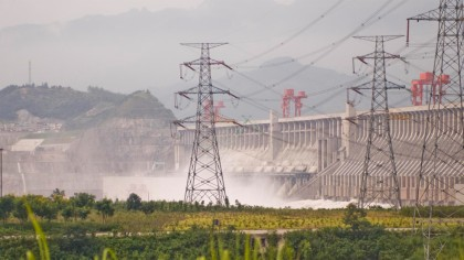 Three Gorges Dam: Masterpiece Or Impending Disaster?
