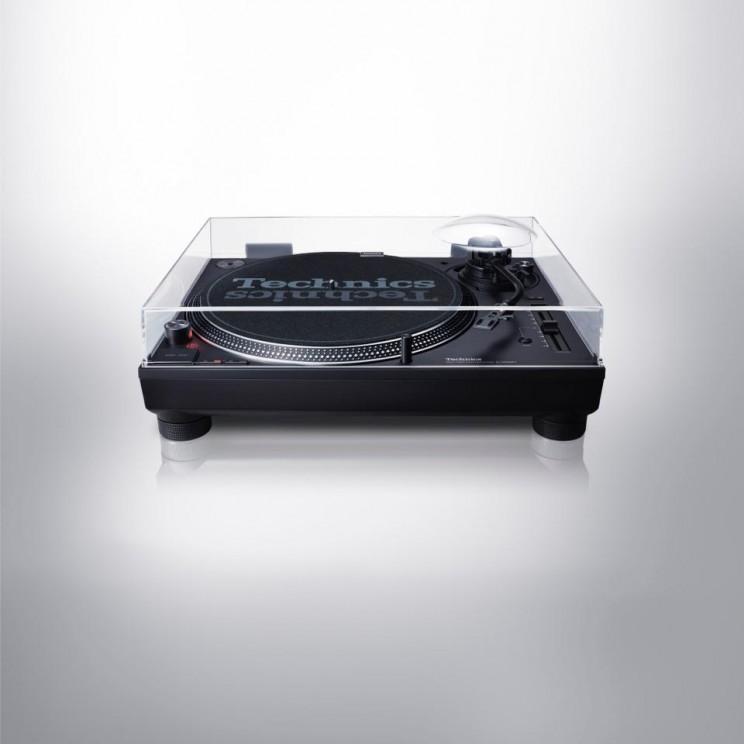 Panasonic Revived Technics 1200 Turntable MK7 and DJs Around the World Rejoice