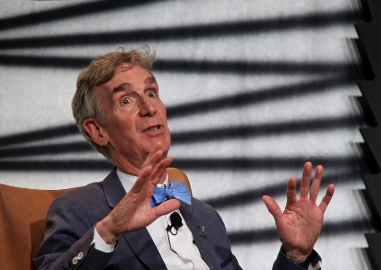 Bill Nye The Science Guy Was Politely Trolled Online by Scientists