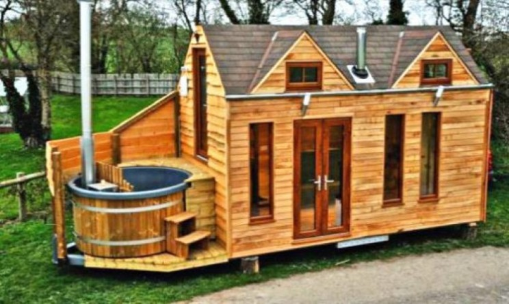 Small UK Tinywood Homes come with own hot tub