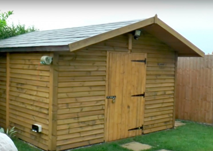 Colin Furze Builds One of the Most Impressive Sheds You Will Ever See