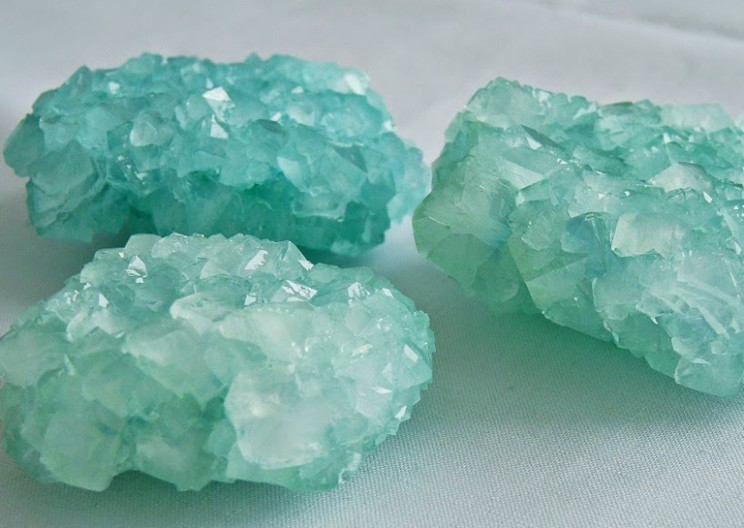 Amaze Your Kids With Colorful and Glittering DIY Borax Crystals