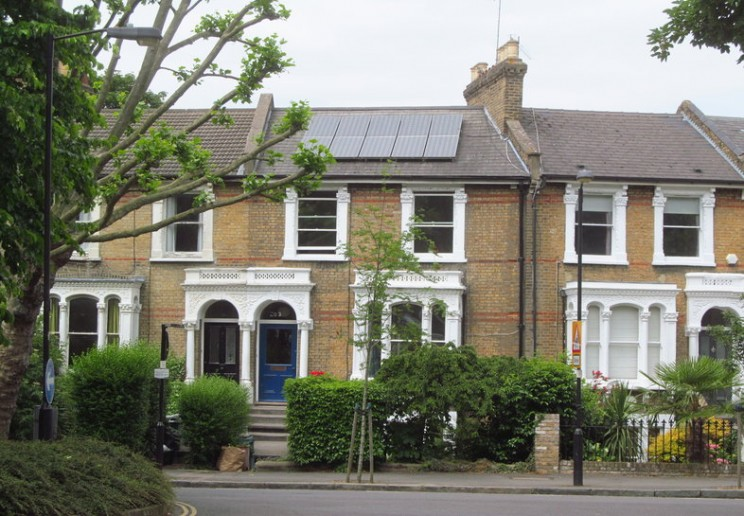 Solar PV: Why is London trailing behind the rest of the UK?