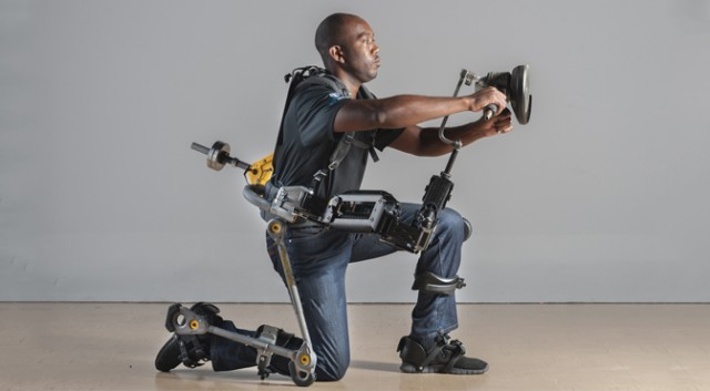 The unpowered Fortis exoskeleton lets you lift heavy tools indefinitely