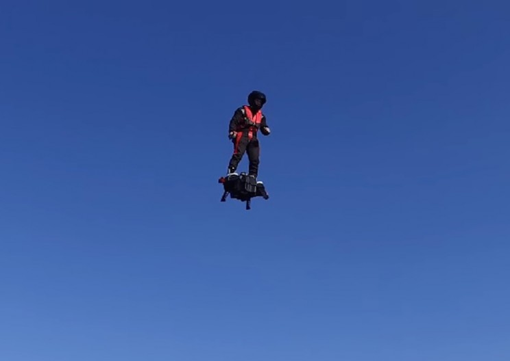 Combat Soldiers May Soon Be Hovering 10,000 Feet High With Flyboard Air