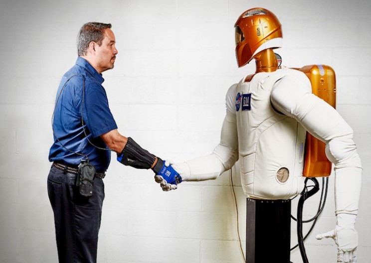 GM Adapts NASA's Robotic Glove to Help Factory Workers