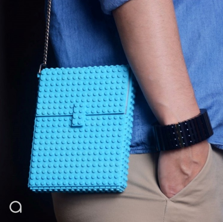 These Lego handbags are super cool and fully functioning