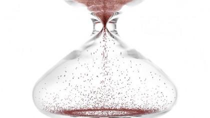 Apple Designer Creates Mesmerizing $12,000 Hourglass Filled With Nanoballs