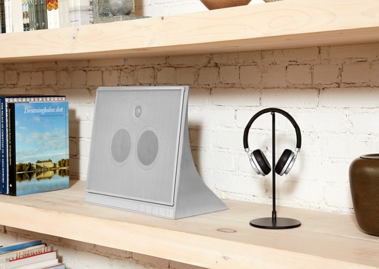 This Super Sleek High-End Speaker Is Made Out Of Concrete