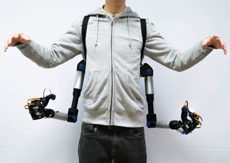 This Pair of Robotic Arms Can Assist You in Almost All of Your Daily Tasks
