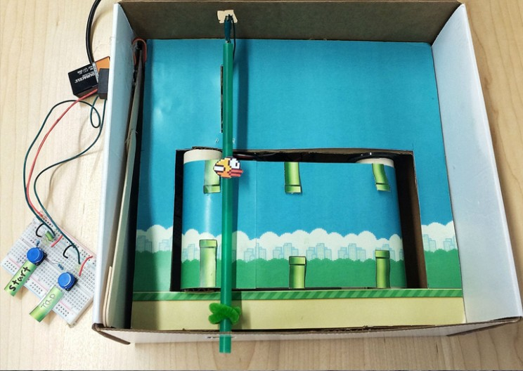 "Young Woman Uses Defunct ""Flappy Bird"" to Teach Engineering"