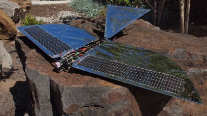 Robotic Bird Flies on Solar Power