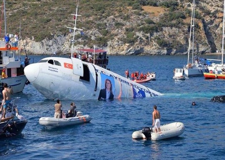 Turkey Sinks an Airbus A300 to Create Artificial Reef
