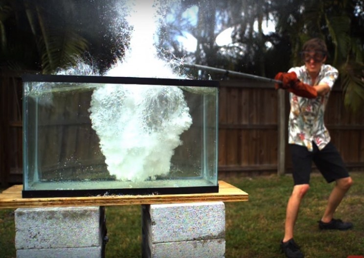 This YouTuber Poured Molten Salt into Water – and it EXPLODED