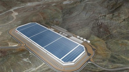 Tesla Shows off the Nearly-Completed Gigafactory with New Time-Lapse Video