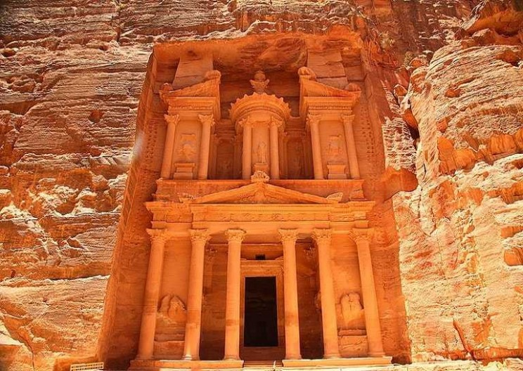 The Amazing Engineering Feats of the Lost City of Petra
