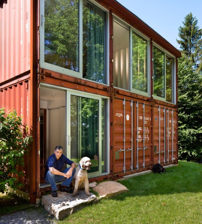 Old Lady House turns out to be a masterpiece shipping container modern home