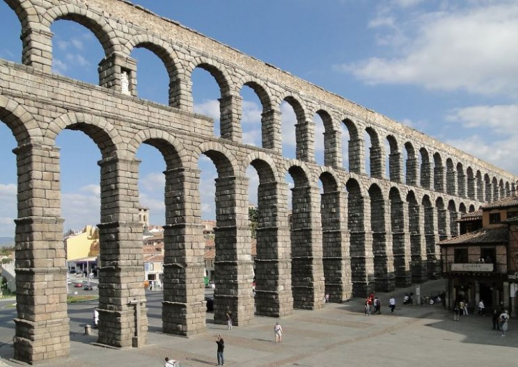 The Rise and Fall of the Roman Aqueduct