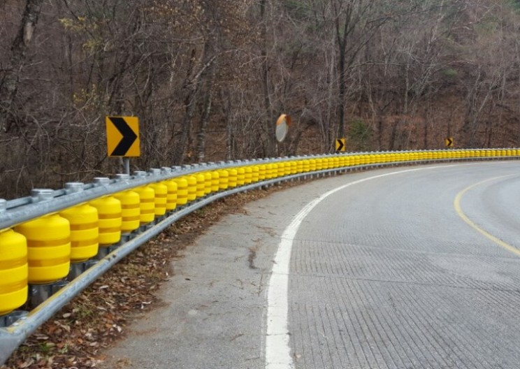 This New Korean Rolling Barrier System Could Save Millions of Lives