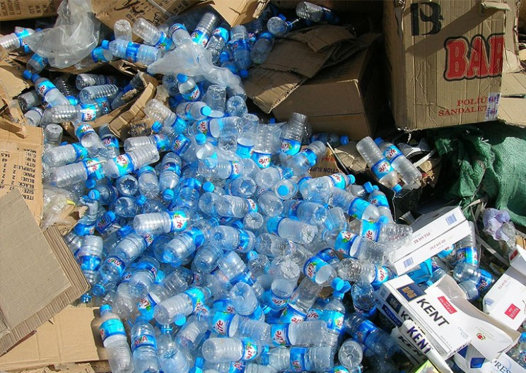Trump Administration Cancels Ban on Plastic Water Bottle Sales in National Parks