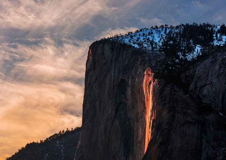 Stunning Horsetail Firefall of Yosemite Glows like Lava