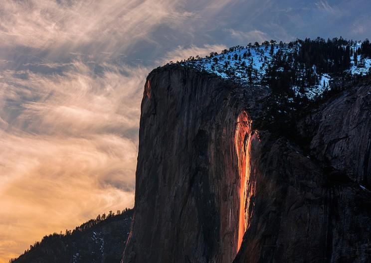 Stunning Horsetail Firefall of Yosemite Glows like Lava