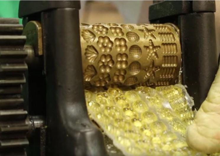 Unique Machine Creates Old Fashioned Drop Candies