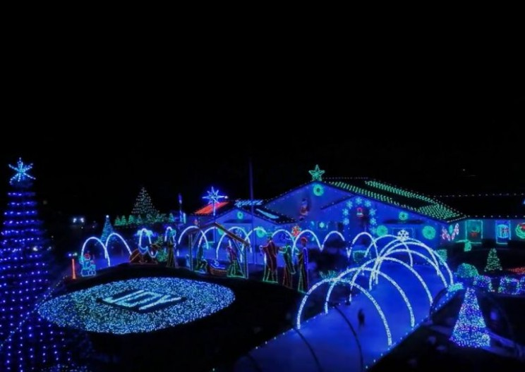 These are the Most Insane Christmas Lights You'll See This Season