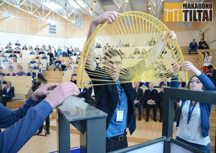 Students Build Spaghetti Bridge that Can Hold 300 Kg