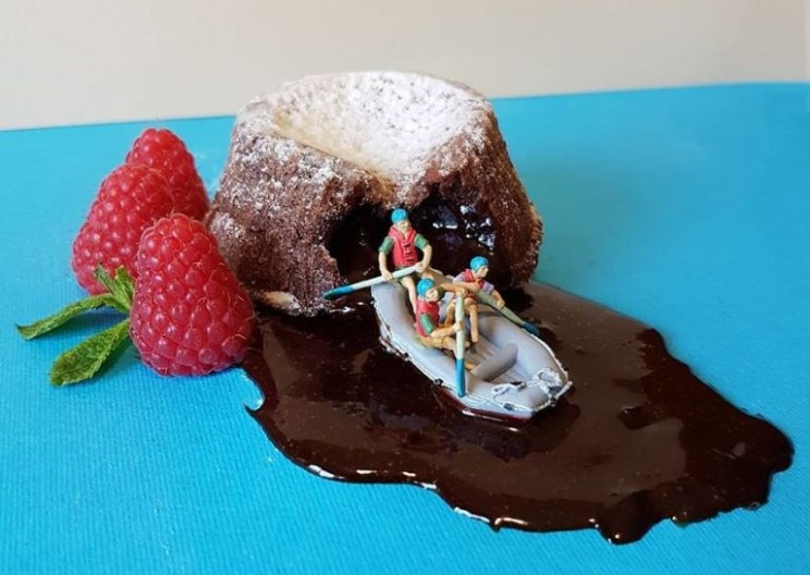 Pastry Chef Creates Incredibly Detailed Culinary Microworlds