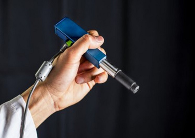 A new pen-like microscope can be used to detect cancer on a whole new level