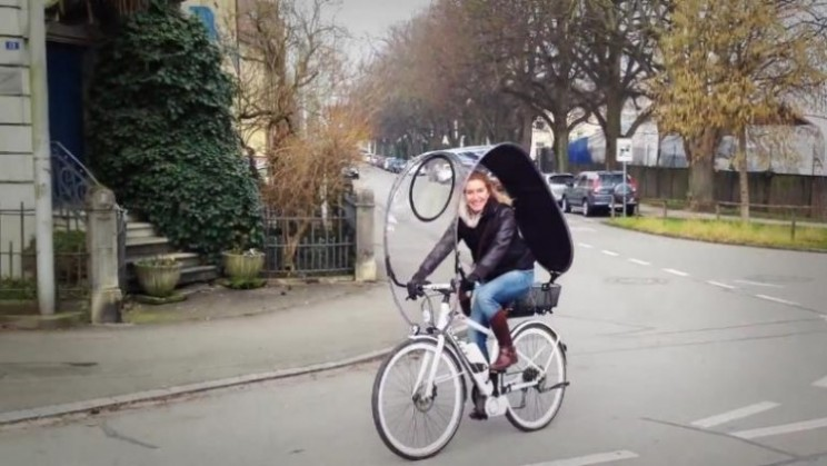 Dryve is a portable rain shield for your bicycle