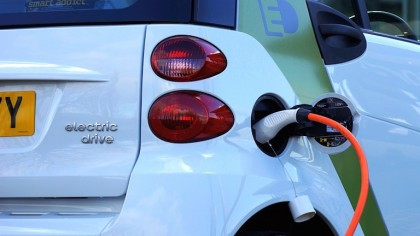 How Will Electricity Companies Keep Up with the Surge in Electric Cars ?