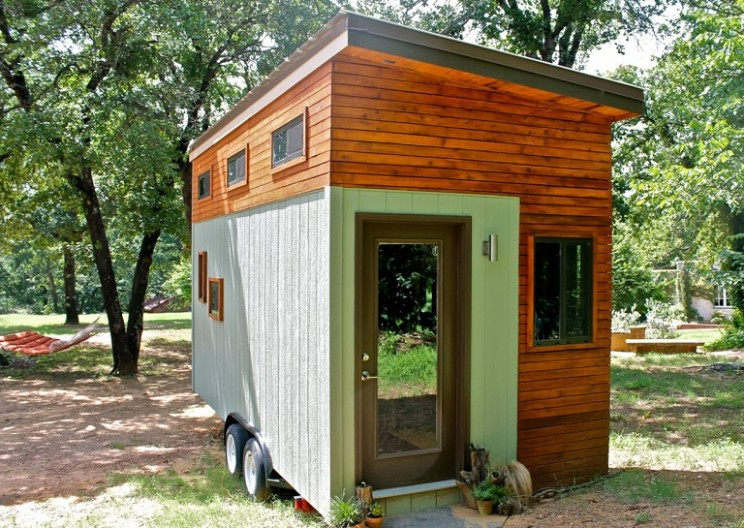College Student Builds Tiny Home for $15,000