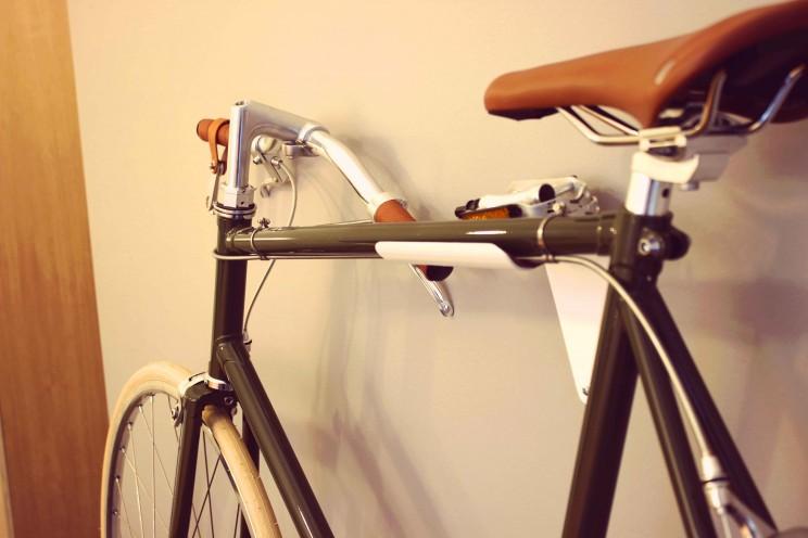 FlipCrown: easily flatten your bike for compact storage