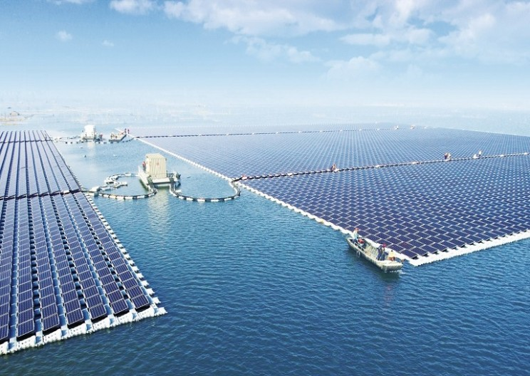 China Is Now Powered by the World's Largest Floating Solar Power Plant