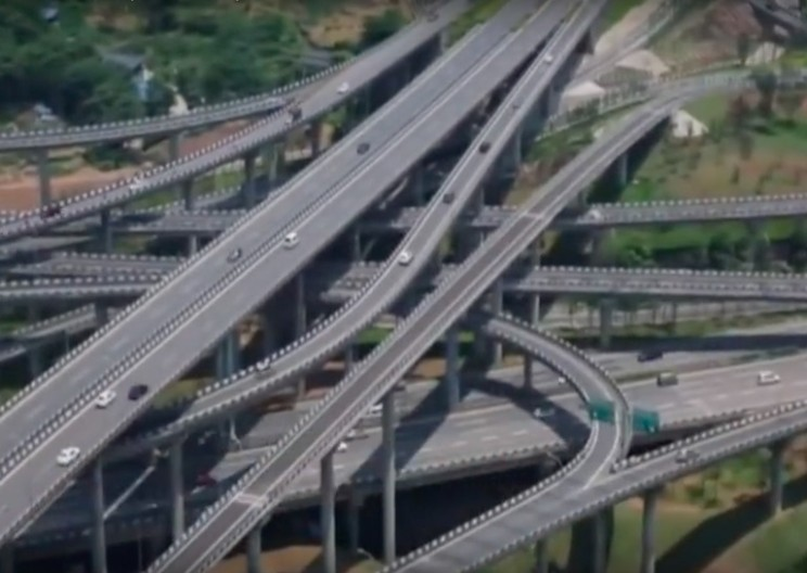 This Crazy Flyover in China May Be the Worst Place to Take a Wrong Turn