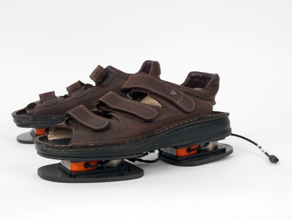 NASA to send high tech sandals to astronauts to assist exercise