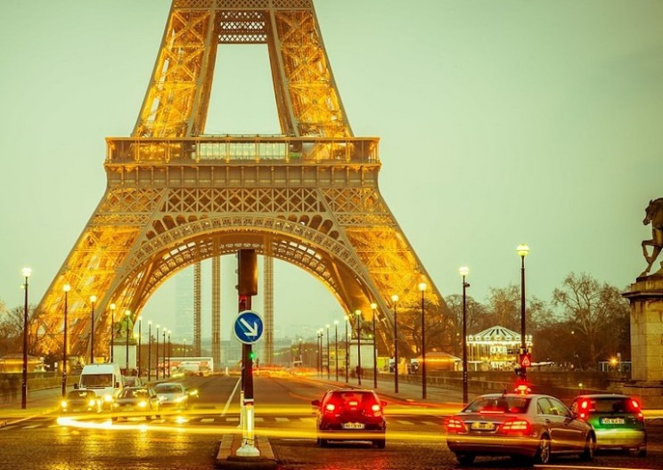 France Announces Plan to Ban All Petrol and Diesel Vehicles by 2040