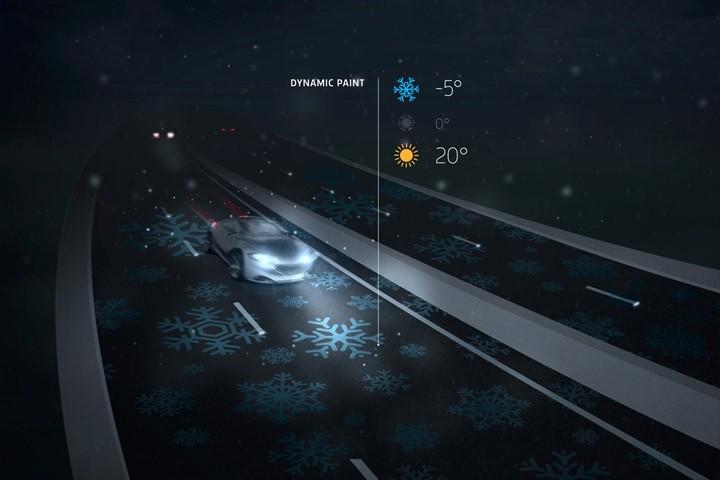 Glow in the Dark Roads Begin Use in Netherlands