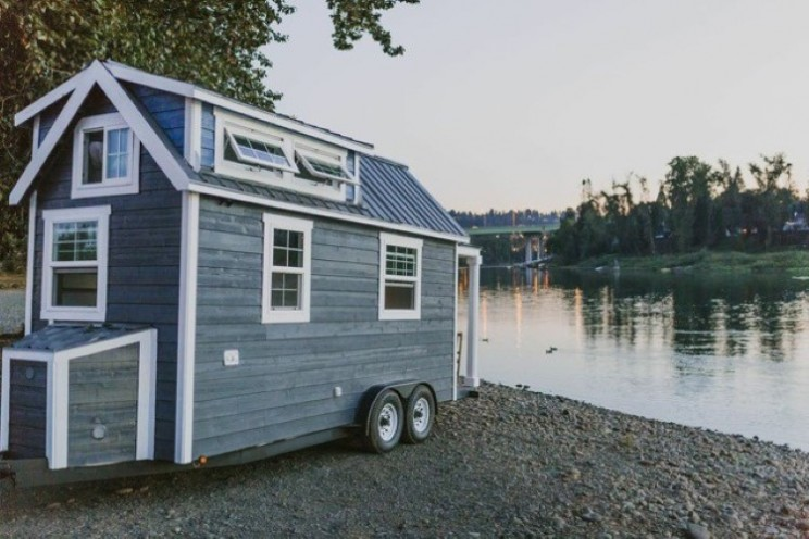Luxury living from Tiny Heirlooms off the grid tiny house