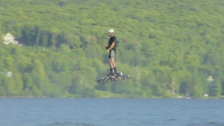 Farthest hoverboard flight gets new world record